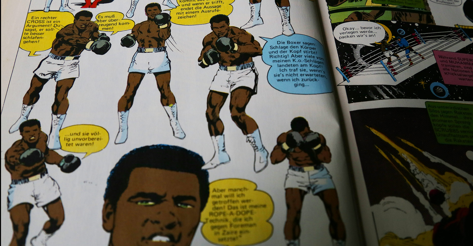 """Muhammad Ali erklärt Boxtechniken in dem Comic """"Superman gegen Muhammad Ali"""", EHAPA-Verlag, © DC-Comics 1978"""